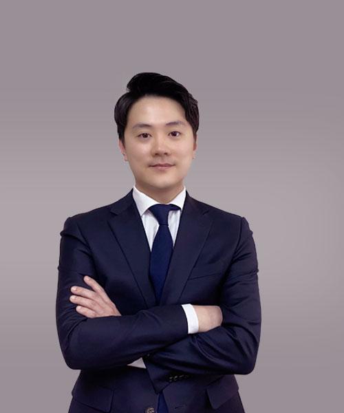 lawyer05.jpg